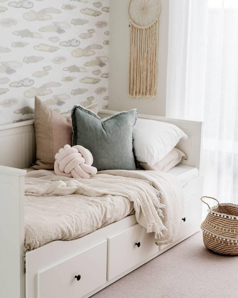 Day Bed Blog
