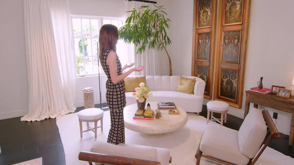 Kendall Jenner Home - Bedroom